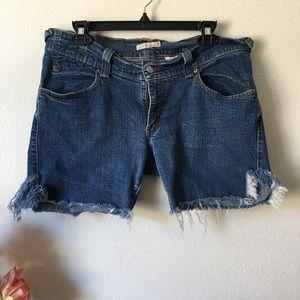 Levi's slouch skinny shorts